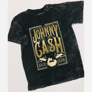 "Johnny Cash ""Man In Black"" distressed t shirt"